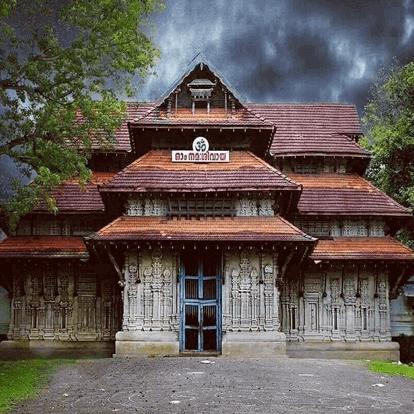 Builders in thrissur, trivandrum